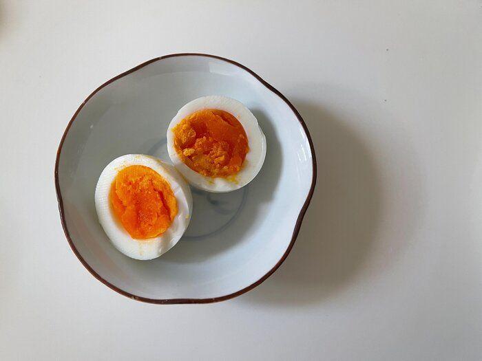 【茹で卵を1個だけ作る】レンジだけで作れる!簡単茹で卵の作り方