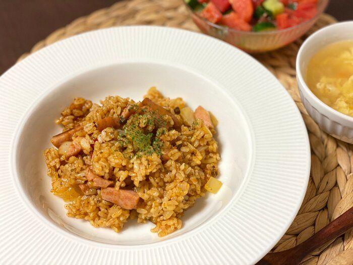 【おうち外食】調理時間はたったの10分!カルディの「〇〇の素」で本格ジャンバラヤ