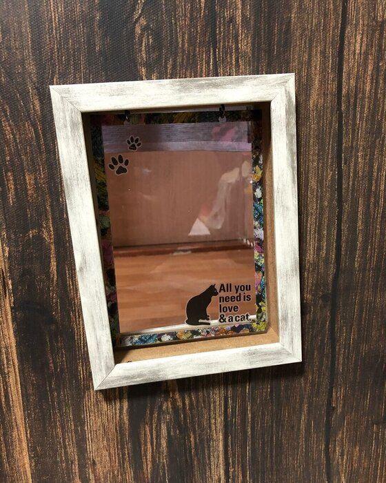 フォトフレームと下敷きで作った猫用ドア