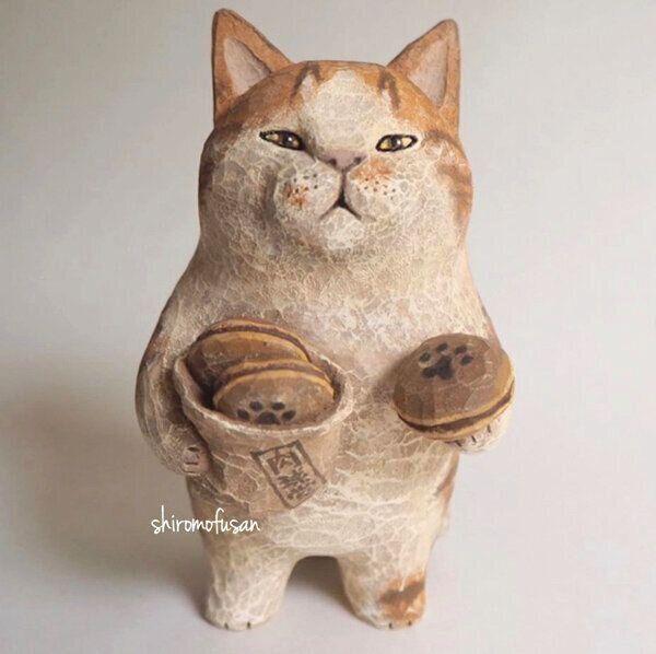 しろもふさんの木彫り猫作品