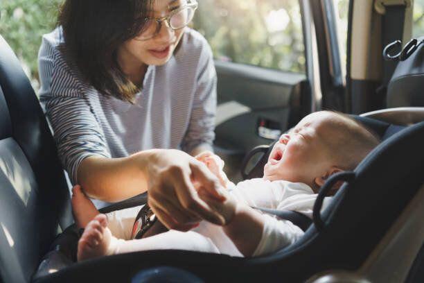 「赤ちゃんを車に乗せると泣きやむ!?」気になるその理由は?【小児科医が解説】
