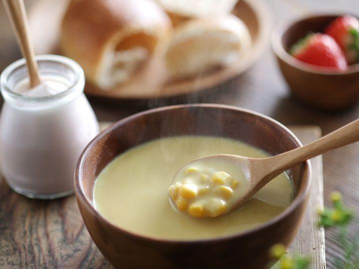蒸しトウモロコシのポタージュと朝食