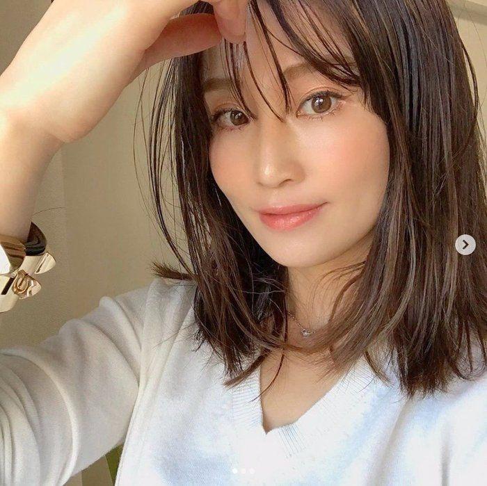 女性 髪型 40 歳