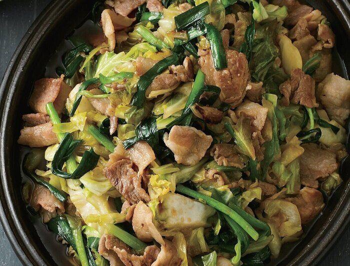 豚バラのうまみと甘辛だれでシャキッとした野菜がうまい!にら豚